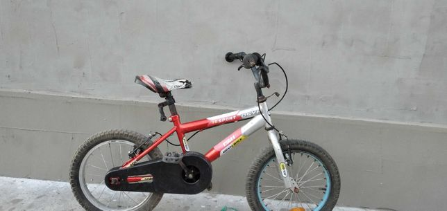 Bicicicleta roti pe 16. 100 lei