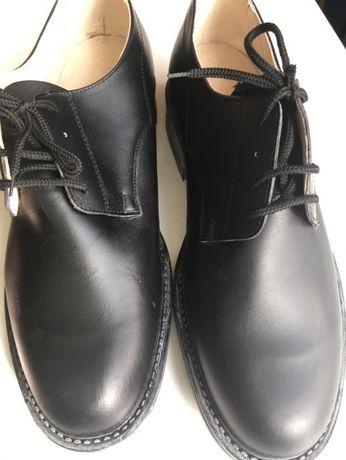 офицерски обувки