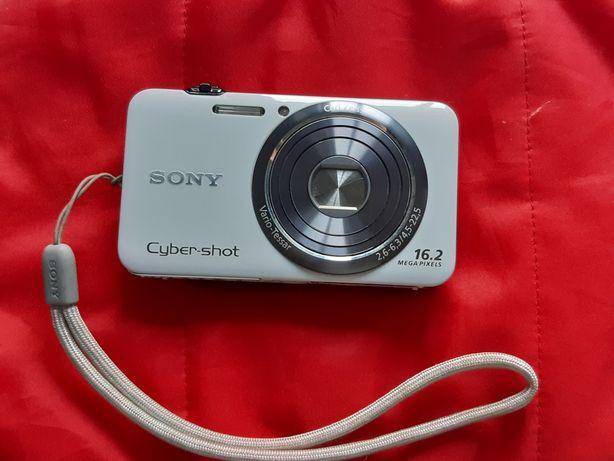 Продам фотоаппарат Sony DSC-WX7