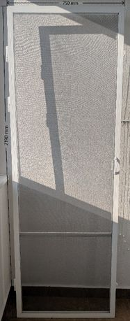 Използвана врата комарник с усилен профил (2бр.)