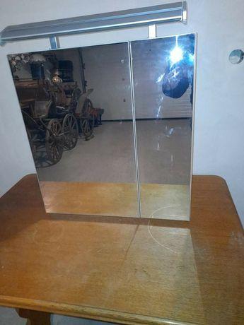 Oglinda cu led in stare perfecta