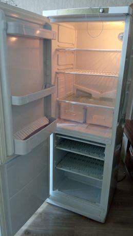 Холодильник БУ.Indesit.