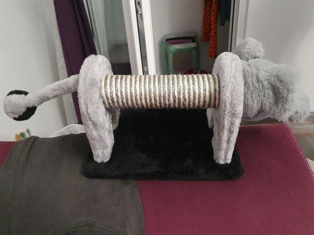 Jucarie/suport sisal pentru ascutit ghearele pisicii
