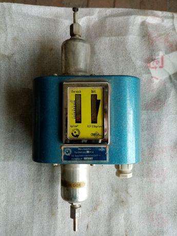 Термоустойчив пресостат комбиниран за високо и ниско налягане