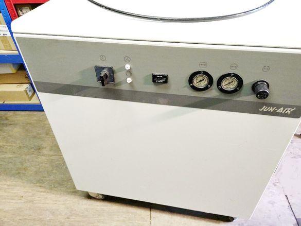 Дентален компресор JUN AIR 4000-40M Oil Free