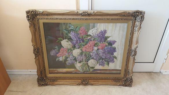 Старинен гоблен цветя в масивна рамка
