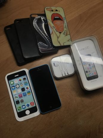 Продам iPhone 5c 16gb