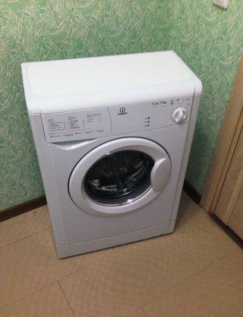 Машинка стиральная indesit 3.5 кг