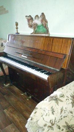 Продаётся пианино Юность 3