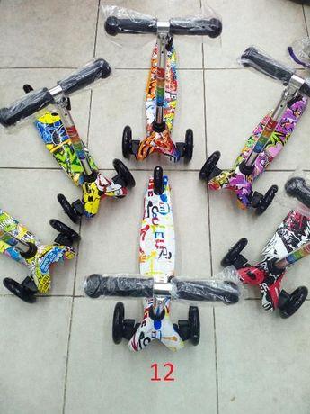 Тротинетка с Графити за деца 2 - 4 години MicMax 02