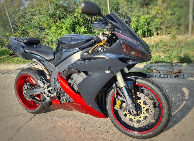 Yamaha yzf R1 rn12 2005, 172cp, 998cc.