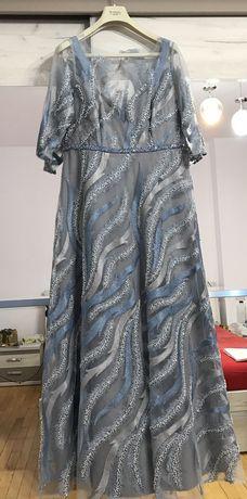 Vând rochie noua creație Tina Olari