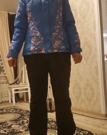 Продаю костюм горно лыжныи костюм раион Бурова