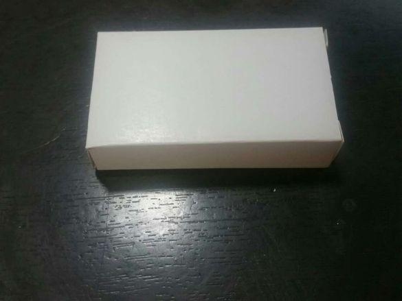 Картонени бели кутии 7см / 4см / 1,5см