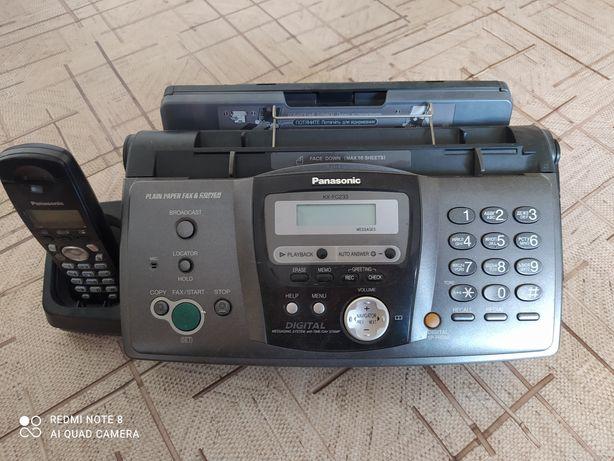 Факс Panasonic KX-FC233
