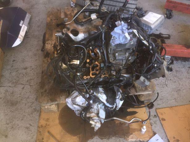 Dezmembrez motor BMW F10 N47D20D 218cai 2013