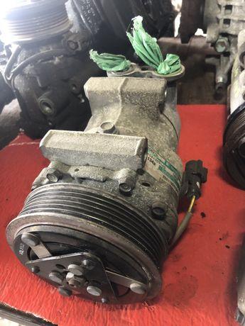 Compresor ac clima Ford Mondeo mk3 2,0 tdci 2,0i fiesta 5 1,4 tdci