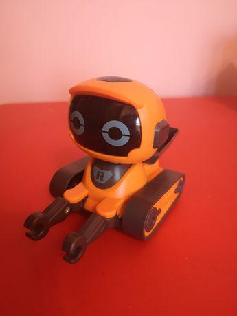 Робот машинка