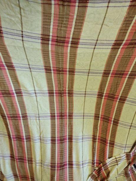 2 теневые шторы и 1 отрез ткани