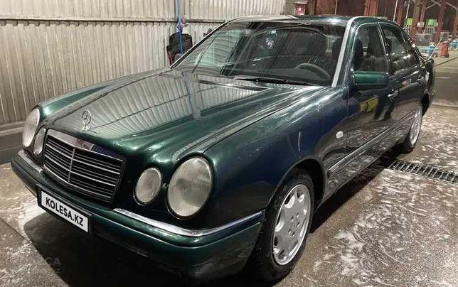 Mercedes-Benz E 230,  1995 года, ГАЗ-БЕНЗИН