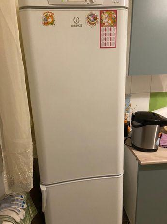 Холодильник продам