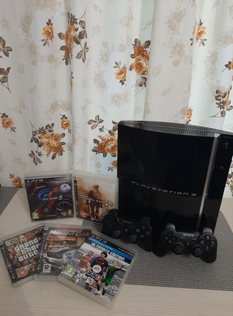Vand consola XBOX 360 si Playstation 3 + jocuri