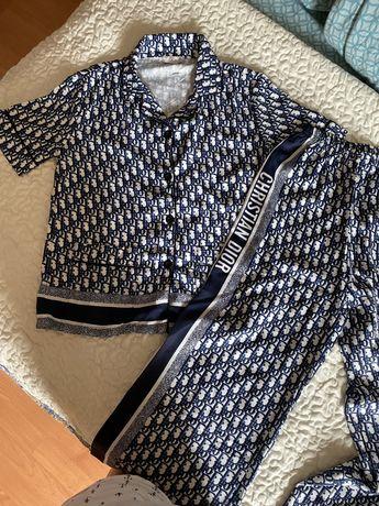 Продам пижамный костюм Dior
