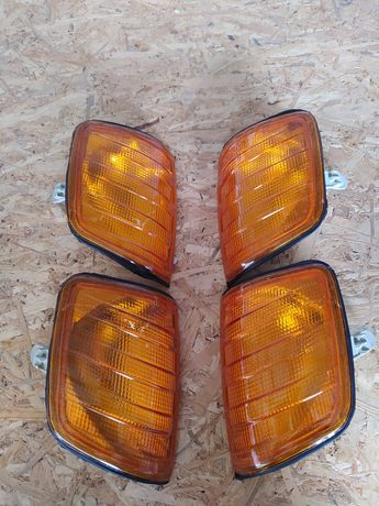 Оранжевые поворотники на Mercedes w124