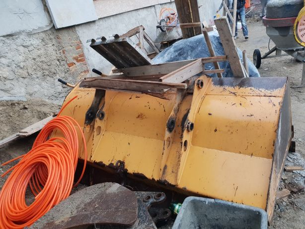 Cupa buldoexcavator Casse