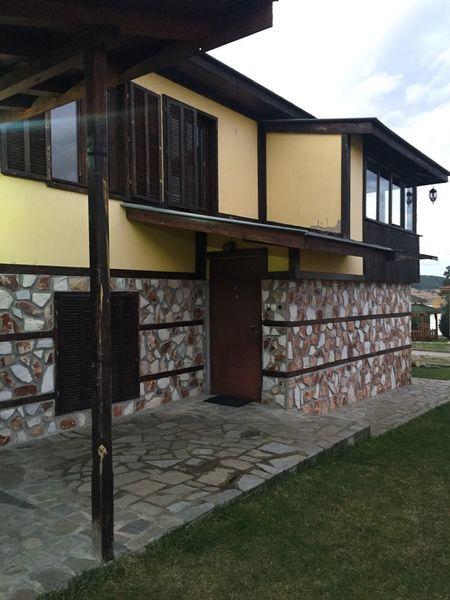 Къщи за гости под наем в к.к. Цигов чарк, язовир Батак м-т Цигов чарк - image 1