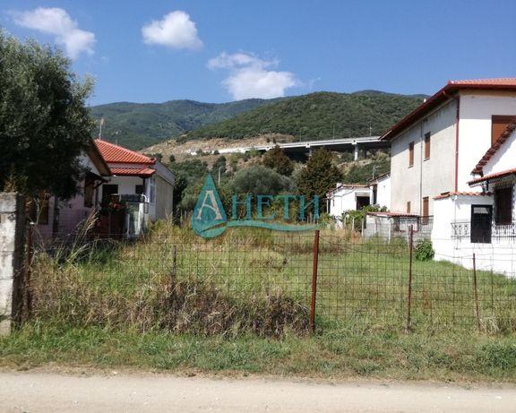 Изгоден УПИ 1000 м2 в курортно селище Аспровалта, Гърция, на две улици