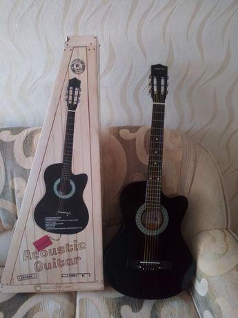 Акустическая гитара Denn
