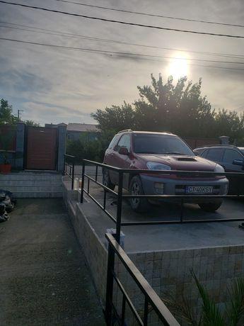 Toyota Rav 4 /2004