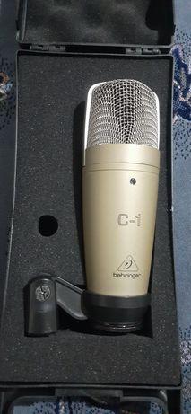 микрофон Beringer c-1