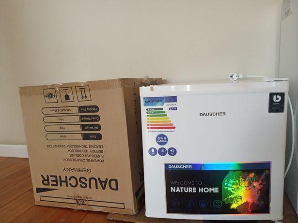 Новый мини холодильник Dauscher
