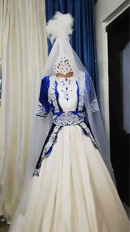 Платье на Узату той
