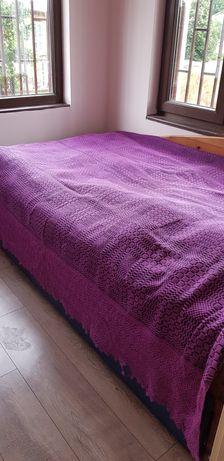 Продавам покривка за легло-кувертюра