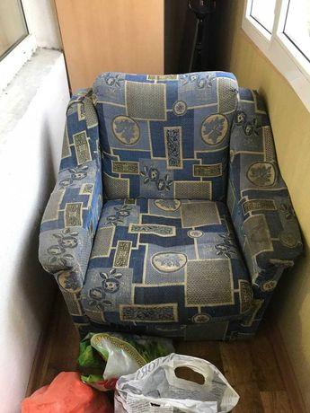 Кресла (2 штуки)