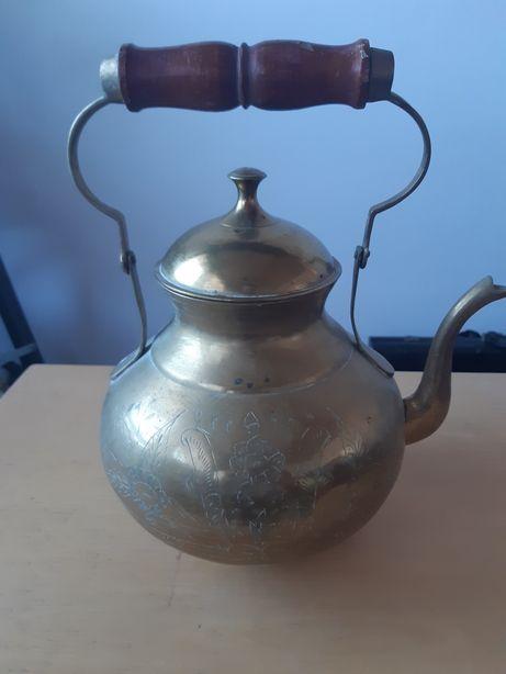 Ceainic alamă