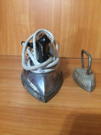 Продам утюг советский железный