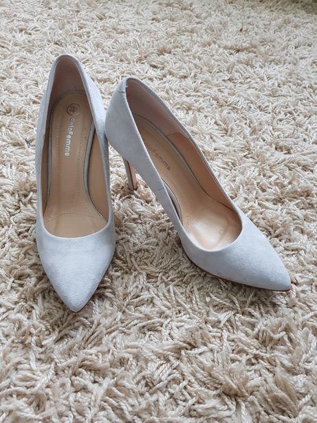 Pantofi stiletto SOLO FEMME
