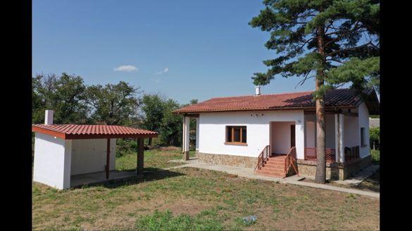 Напълно реновирана къща в с.Кардам