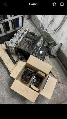 Продавам двигател на части Ивеко 3.0 дизел 2017 година Евро 5