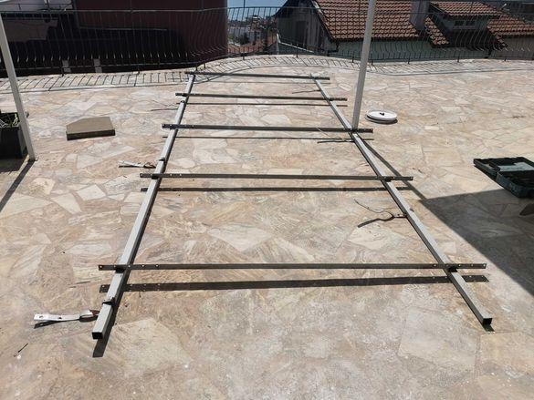 Метална стойка за 4 бр. соларни панели/слънчеви колектори.