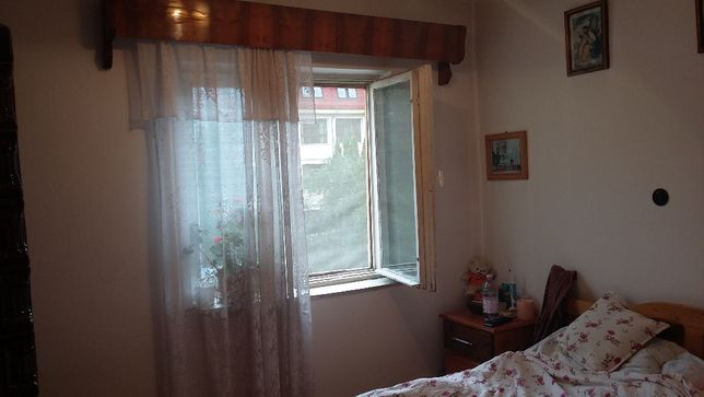 Apartament 3 camere de vanzare in orasul Campeni