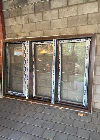 Абсолютно новые окна со сложным открыванием 2 комплекта + дверь!