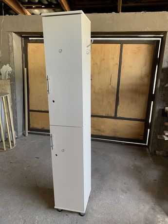 Шкафчики для персонала 8 шт