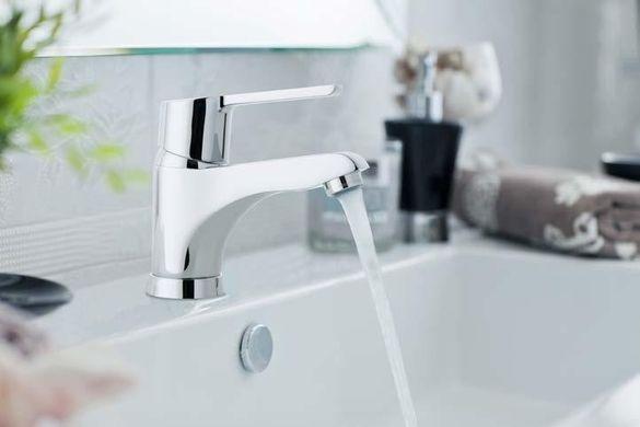 Акванова Плюс - смесител за мивка с метален изпразнител - 5501 Плюс