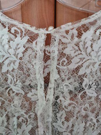 Bluziță damă albă dantelată model deosebit