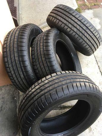 Vand/Schimb Anvelope Vara Bridgestone Turanza T005 215/60 R16 - Noi